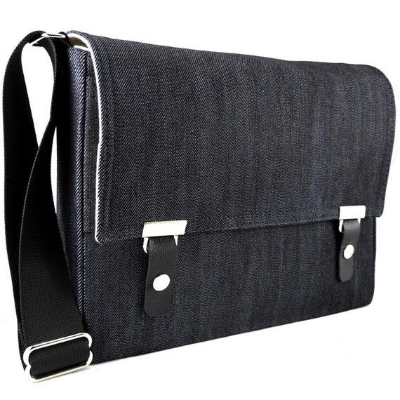 iPad / iPad Pro messenger bag - dark blue denim