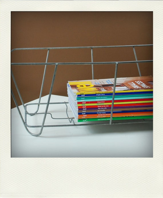 Vintage Metal Wire Storage Basket - Version 10