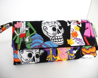 Day of the Dead Sugar Skull Wallet / Wristlet / Coin Purse / Credit Card Holder / Check Book / Cell Phone / Bridesmaid Gifts /