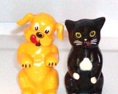 CATS and DOGS  Salt and Pepper Shakers / Vintage 40's/50's / Black Cat and Yellow Dog / Collectible / Ad Promo Item