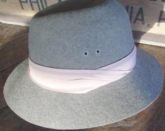 CLEARANCE Vintage Felted Wool Fedora / Vintage 80's /  Unisex / Non Crushable/ Chapeau /Hat/ Fashion