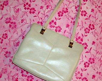 Vintage Handbag /Winter White Leather /Designer Lou Taylor/ Purse / Vintage 60's / Made in Italy