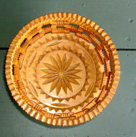 Vintage Tramp Art Bowl / Vintage 50's / Carved Wooden Bowl / Handmade/Bohemian Home Decor/Serve/Store