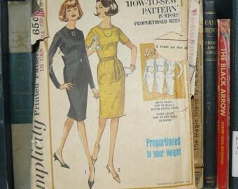 Vintage 1960s Simplicity Women's Dress Pattern 5653-Size 10