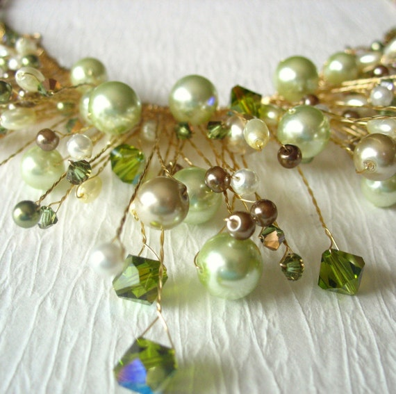 Green Pearl Statement Necklace