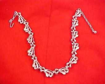 Free Ship ~ SALE - Vintage Stunning Silver Tone and Pear Cut Diamante Choker Necklace