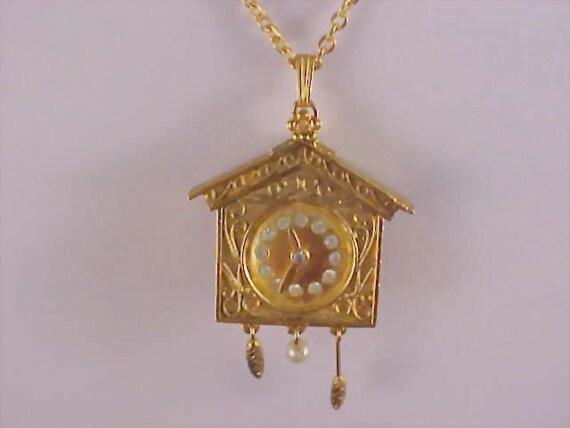 Gilt Gold CLOCK Pendant - Locket & Chain by Vanda Beauty Counselor