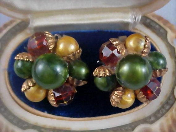 Hand Wired CLUSTER Multi Bead Brass Clip Earrings - ca. 1940's