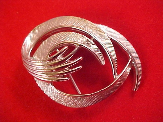 Sale - Vintage  SARAH COVENTRY Silver Textured Swirled Brooch