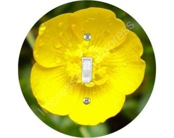 Buttercup Flower Single Toggle Switch Plate Cover