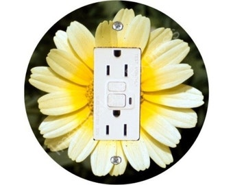 Yellow Daisy Flower GFI Outlet Plate Cover