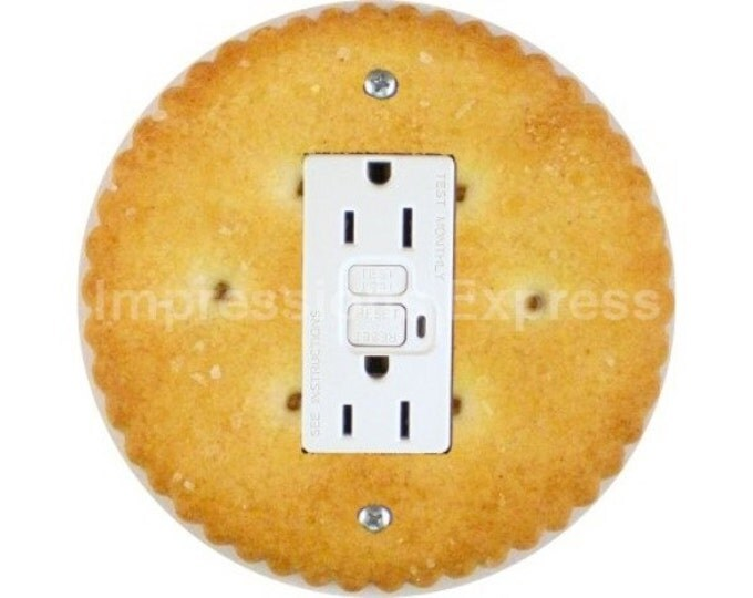 Round Cracker Grounded GFI Outlet Plate Cover