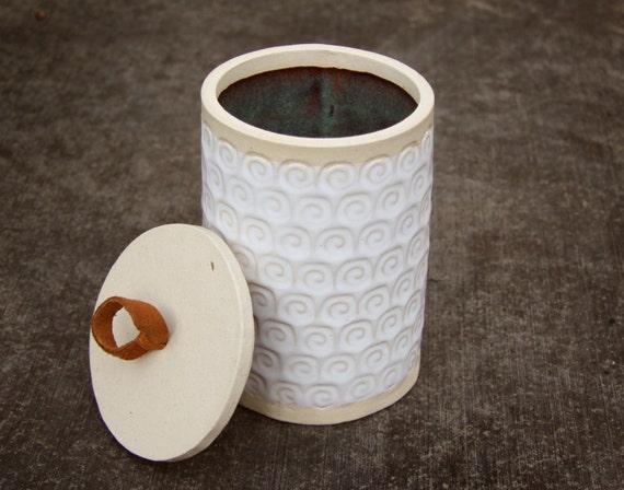 Natural White Sandinavian Rustic Modern Stoneware Canister Jar with Shearling Cloud Motif