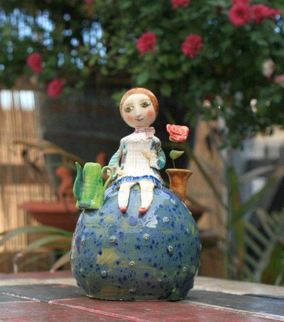 little prince le petit prince ceramic sculpture. Black Bedroom Furniture Sets. Home Design Ideas