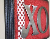 60% OFF XO Red and Black Hugs and Kisses Valentine Decor Wall Hanging