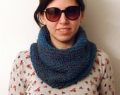 Boucle Cowl in Lagoon //SALE//