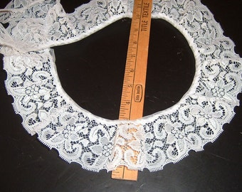 3 inch wide WHITE gathered lace trim 9 yds (X6151)