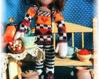 PDF pattern for Knitted Elspeth Doll by Noreen Crone-Findlay