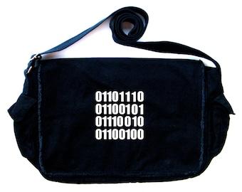 NERD in (ASCII) Binary Code Messenger Bag
