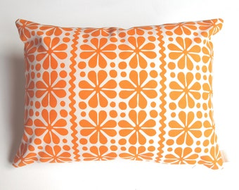 Parade rectangle pillow cover in orange