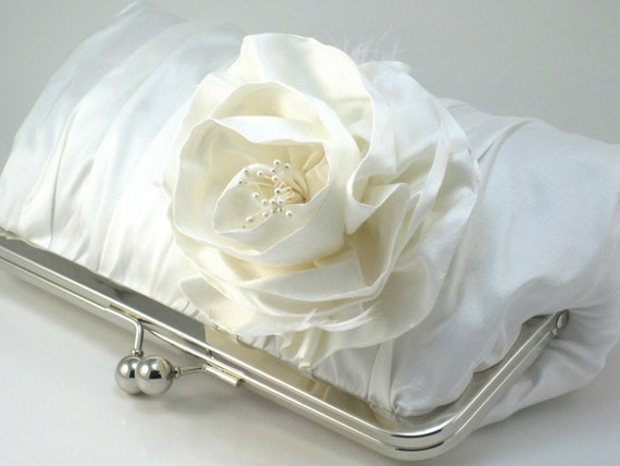 A Perfect Wedding - Rosa Iceberg Clutch
