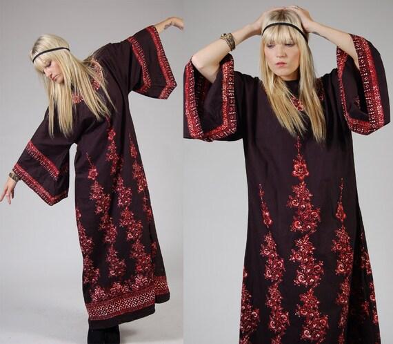 Vintage 70s Caftan Black BATIK Ethnic FLORAL Maxi Dress O/S