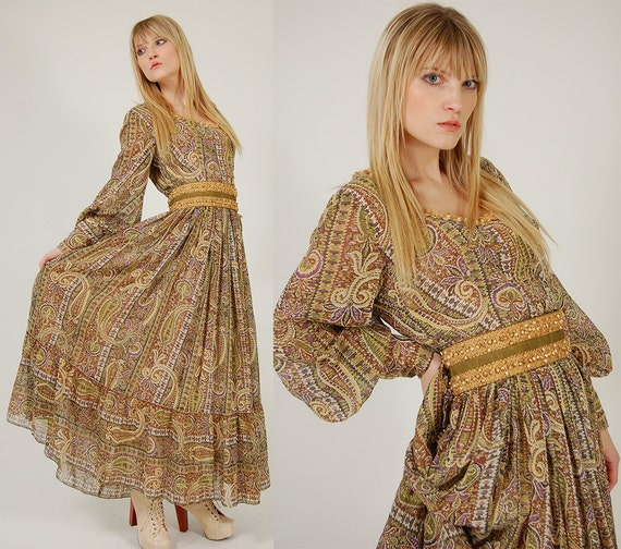 Vintage 70s VICTOR COSTA Maxi Dress Green PAISLEY Prairie Gown