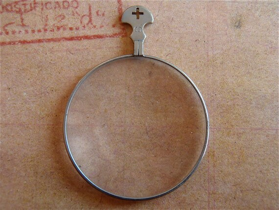 Vintage old optical lens - Steampunk jewlery - Altered art - Collage - Pendant - Silver  F93