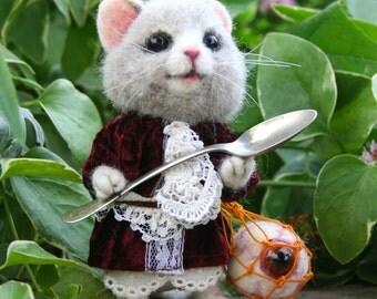 Mallyumkin Alice's Wonderland Dormouse OOAK Needle felted Artist Doll