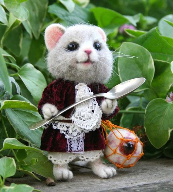 Alice's Wonderland Dormouse OOAK Needle felted Artist Doll