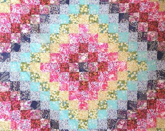 PATTERN : Liberty Rainbow Trip Around the World Quilt Instant Download