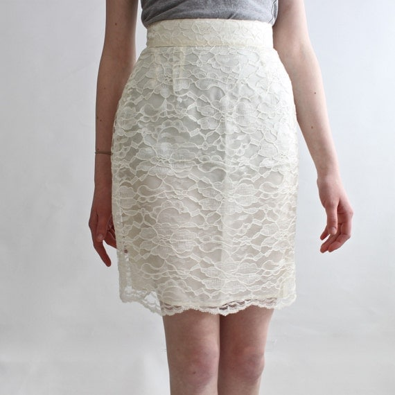 vintage white lace mini pencil skirt