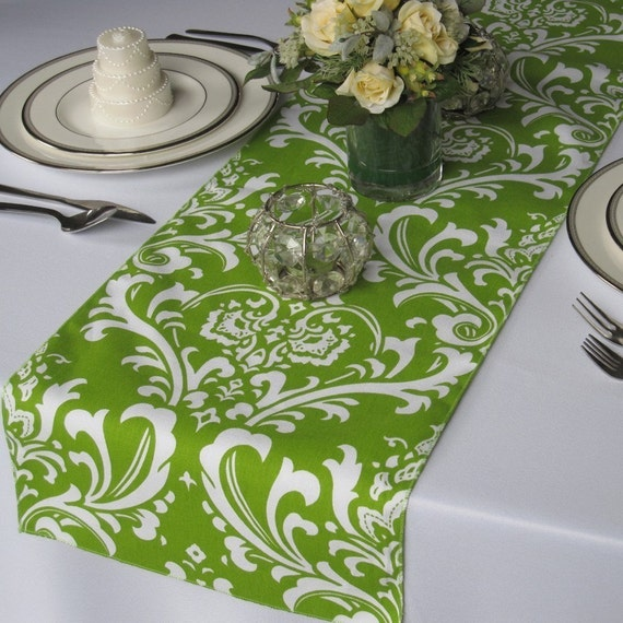 Runner runner by table Damask floratouch overhang and length Table Traditions White Green