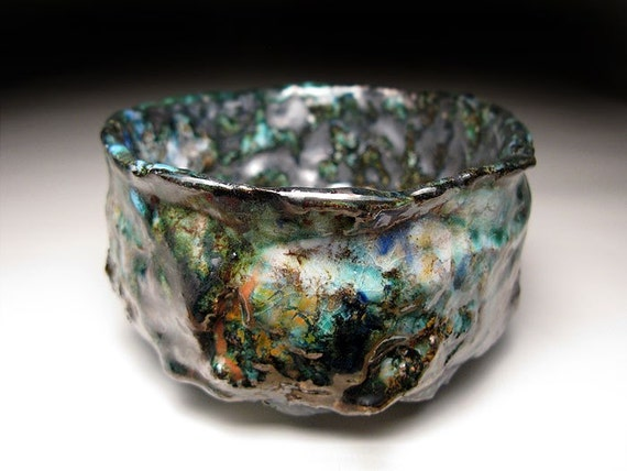 Chawan Raku Tea Bowl // Noisy loud of thunderstorms //