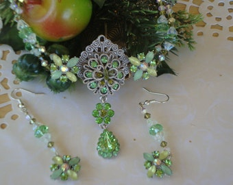 Spring Green Rhinestone & Swarovski Crystal Dangle Necklace with Drop Earrings