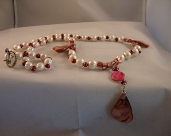 Freshwater Pearls - Pink and White Dangle Necklace