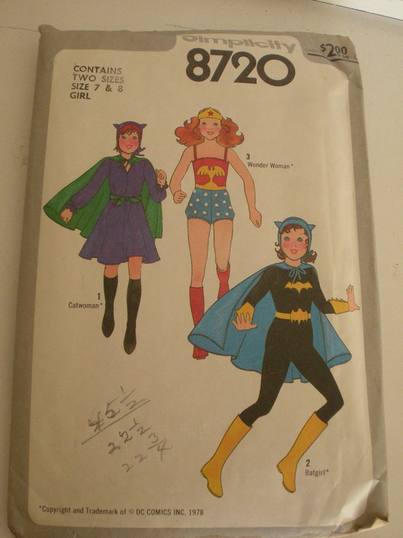 1978 DC COMICS Girl Superhero Costumes Pattern Catwoman Wonder Woman Batgirl
