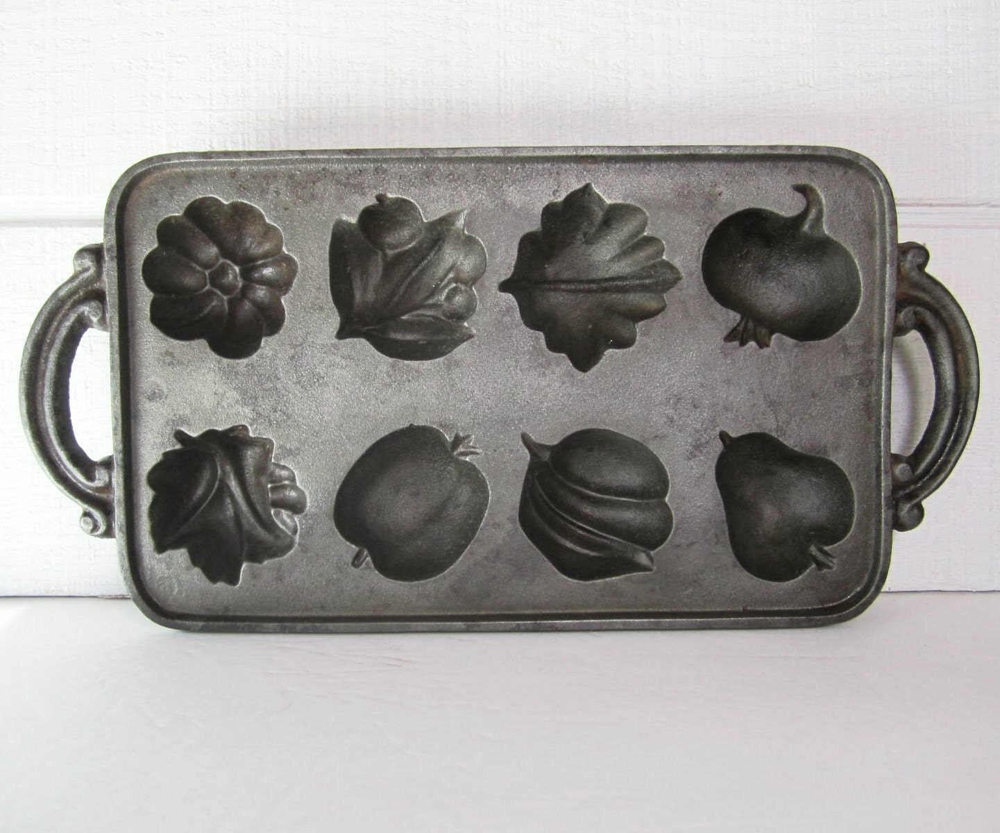 Vintage John Wright Cast Iron Muffin Pan Harvest Fruit
