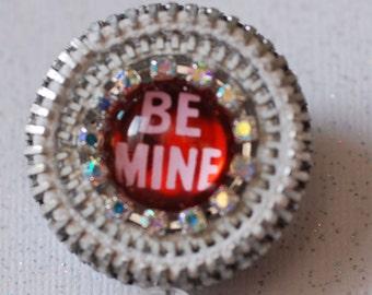 Be Mine Valentine Vintage Zipper ID Badge Reel - RN ID Badge Holder - Zipperedheart