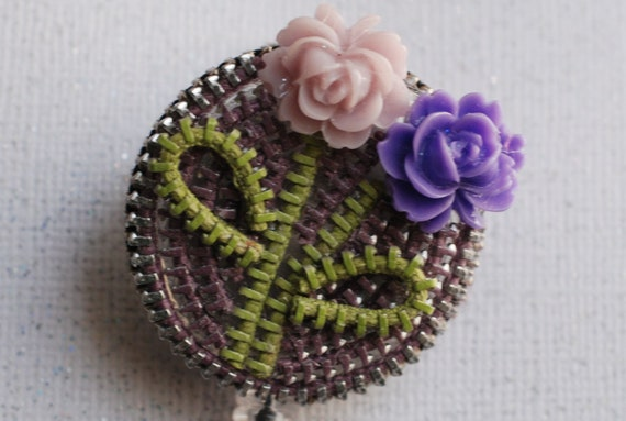 Shades Of Lilac Vintage Zipper ID Badge Reel