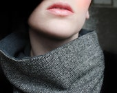 Scarf in Herringbone Tweed Cowl Neckwarmer