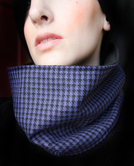 FREE SHIPPING SALE: Houndstooth Cowl Neckwarmer Scarf Purple