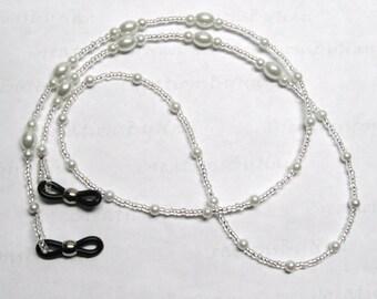 Sale ~ Beaded Eyeglass Leash Glasses Holder / Teachers / Nurses / Student / Mothers Day / Gift For Her