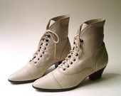 80s vintage Bone White Leather Granny Boots