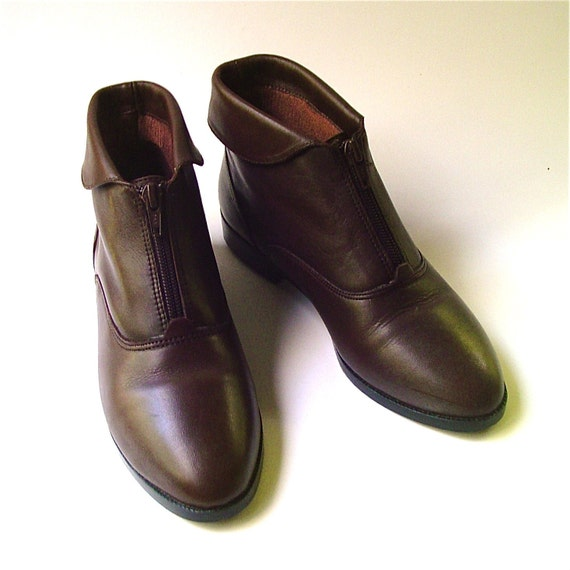vintage chocolate brown leather cuffed ankle boots