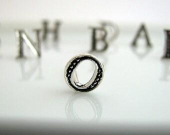 Men's stud earrings, alphabet letter O stud earring, silver stud earrings, initials stud earrings, earrings for men, letter stud earrings, O