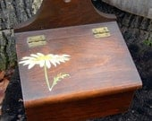 Wooden Recipe Box, Vintage Sweet Daisy Design