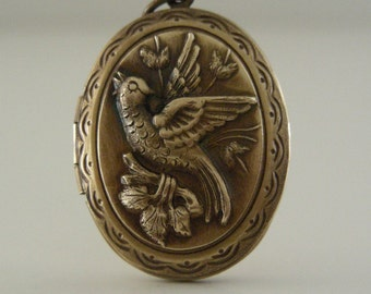 Locket VICTORIAN Bird LOCKET Retro Vintage for Necklace