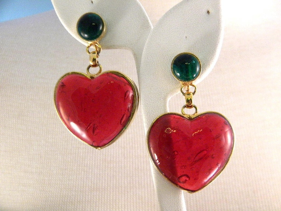 Vintage Red Glass Heart Hanging Clip Earrings