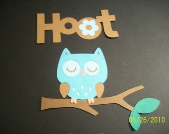 Owl on a branch and hoot title diecuts- set of 2